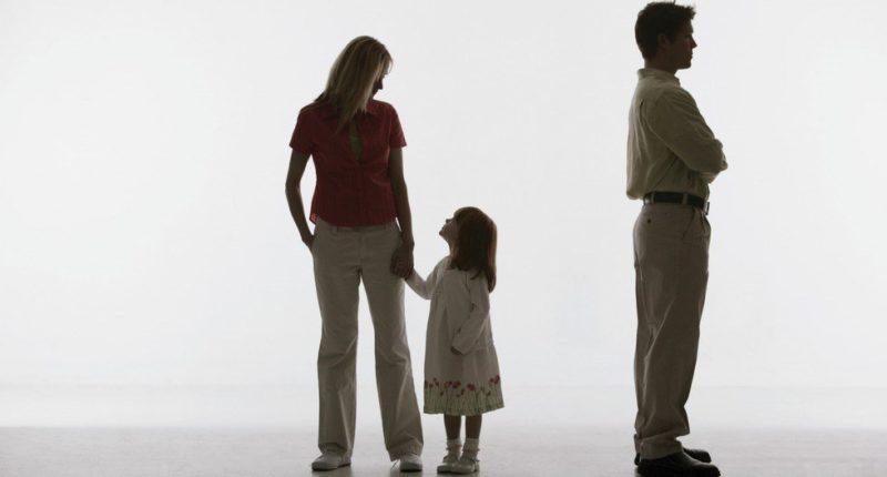 Если я откажусь от отцовства, нужно ли мне будет платить алименты на ребенка ?!