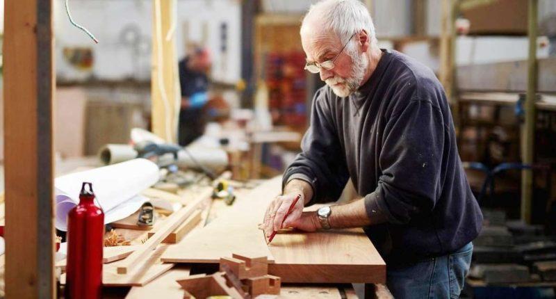 Как Пенсионный фонд определяет работает пенсионер или нет