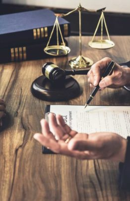 Юрист по наследству | Консультации по наследственным делам |Услуги в суде|