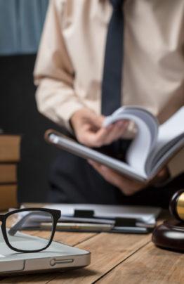 Юристы по судебным приставам ФССП | Консультации по исполнительному производству |Услуги в суде|