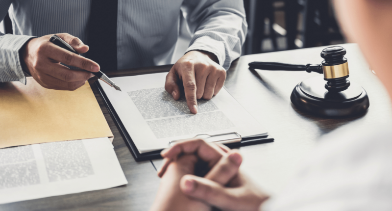 Подготовка и подача договоров - судебных (юридических) документов